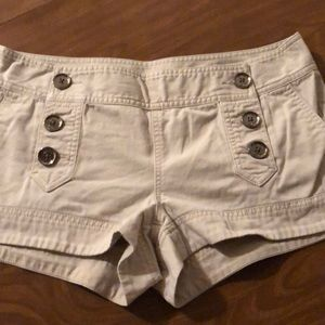 Express shorts tan size 10 🔮2 for $15 items $10